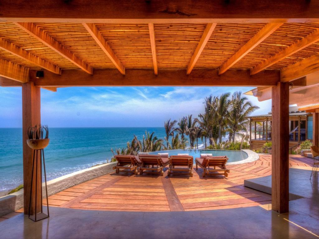 Villa Casa Adobe Mncora Peru  Bookingcom