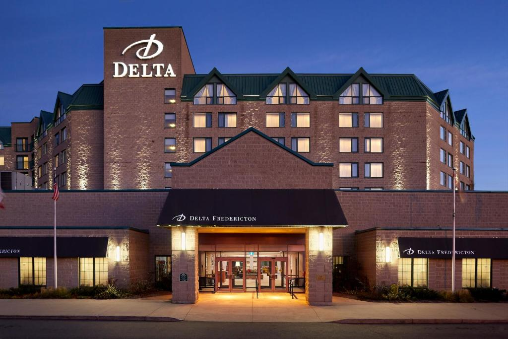 chair cover rentals fredericton wwe tables ladders and chairs delta hotels by marriott updated 2019 prices gallery image of this property