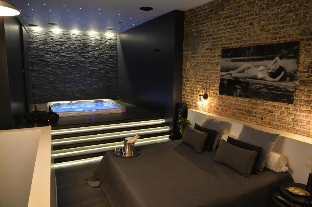chambre avec jacuzzi sauna privatif Bruxelles  Tarifs 2018