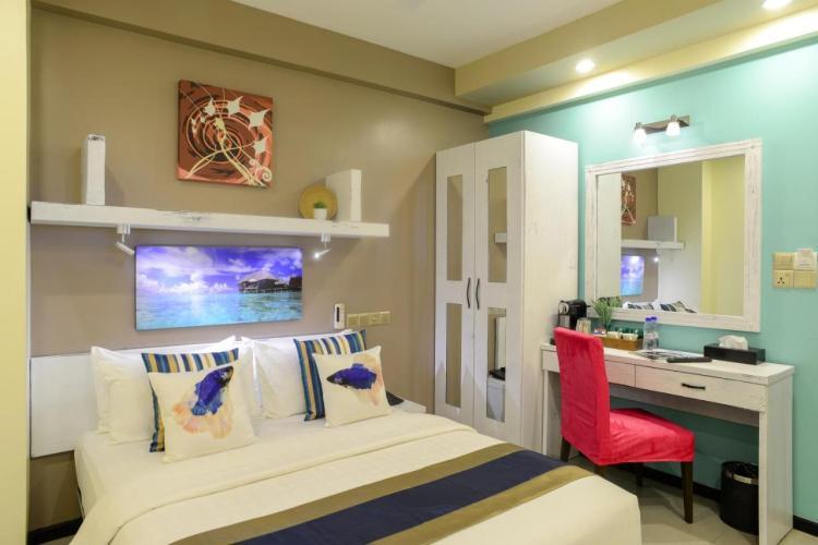 Переночевать в Мале недорого можно в хорошем отеле Somerset Inn