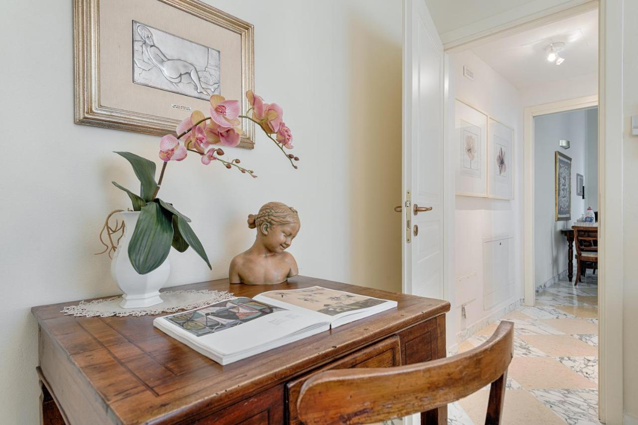 Guest House Soggiorno Monaco Firenze Bufalini Luxury Apartment Firenze Florence Italy Booking