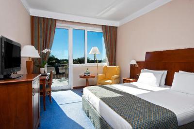Hotel Roma Aurelia Antica con opiniones  Bookingcom