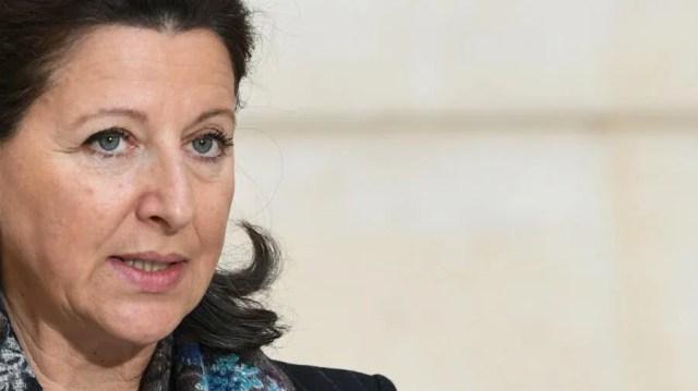 """La ministre de la Santé, Agnès Buzyn, a déclaré, le 24 janvier 2020, la nécessité de mettre en place progressivement des mesures visant à """"circonscrire le plus vite possible"""" l'épidémie de coronavirus provenant de Chine."""
