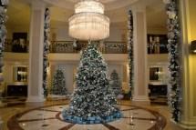 Hotel Lobby Decoration Ideas for Christmas