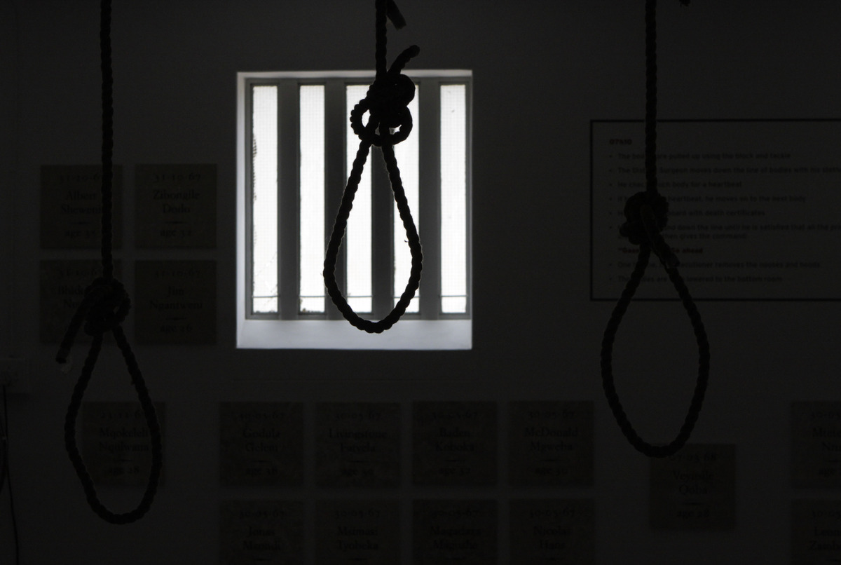 electric chair was invented by joya rocking tennessee suspends executions amid legal challenges to