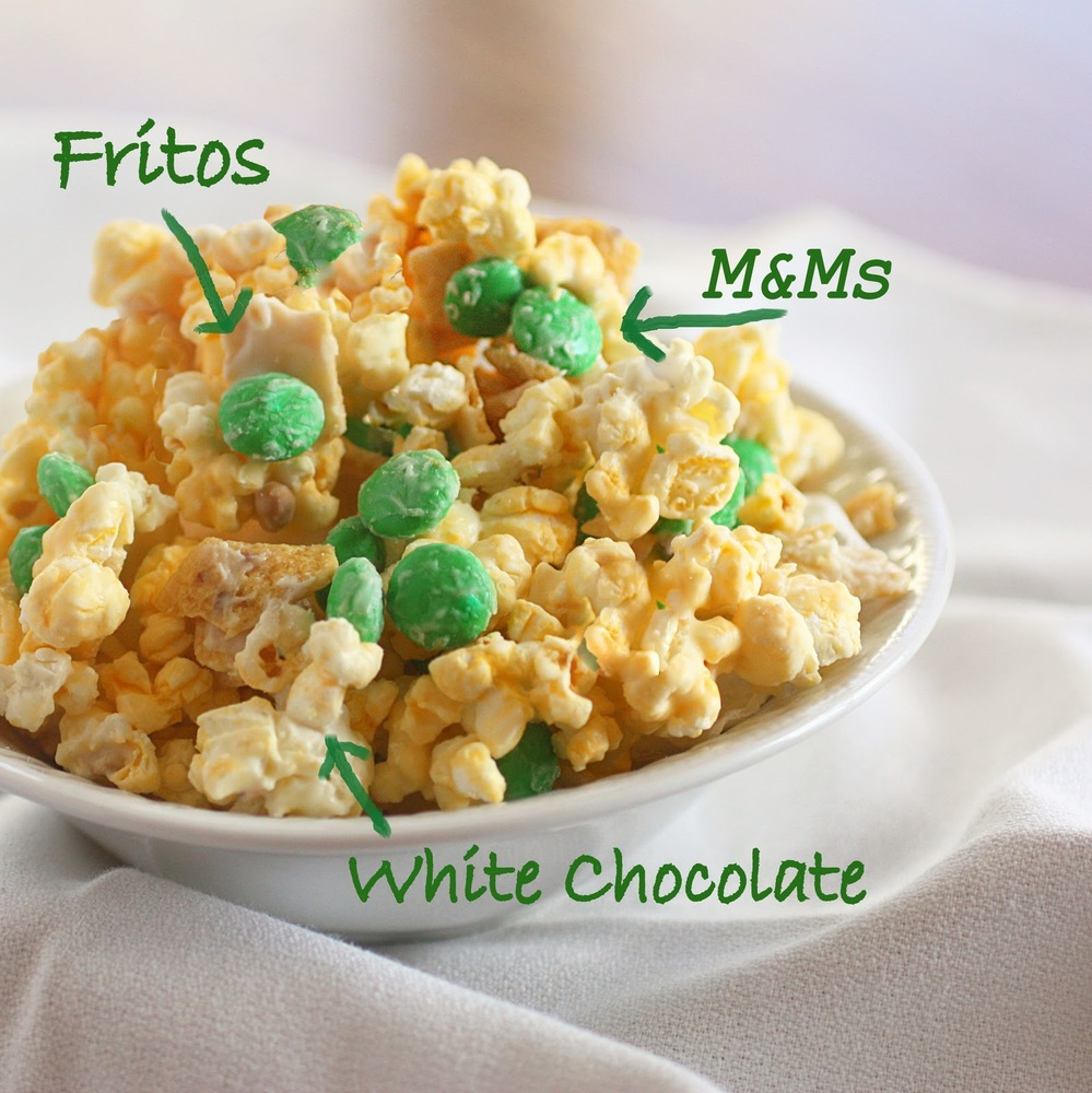 "<strong>Get the <a href=""http://www.the-girl-who-ate-everything.com/2011/03/white-chocolate-frito-popcorn.html"" target=""_blan"