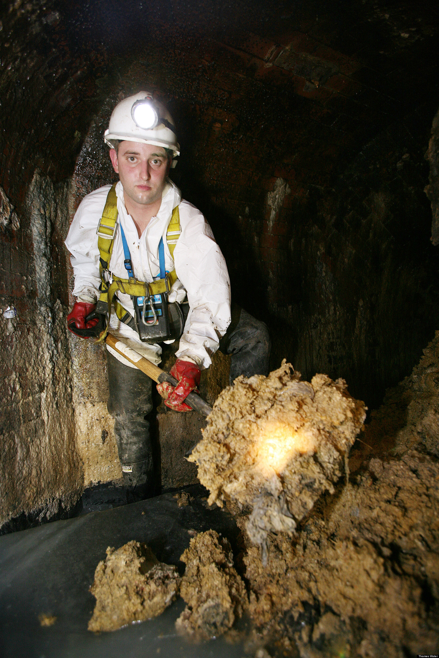 old fashioned kitchen sinks french country accessories london sewer 'fatbergs' to be used fuel world's biggest ...