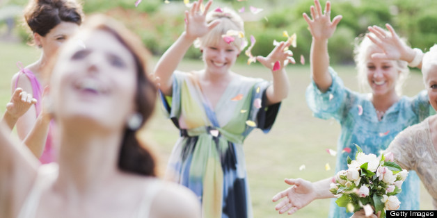 Bouquet Toss, Garter Belt Traditions Might Be Going Out Of