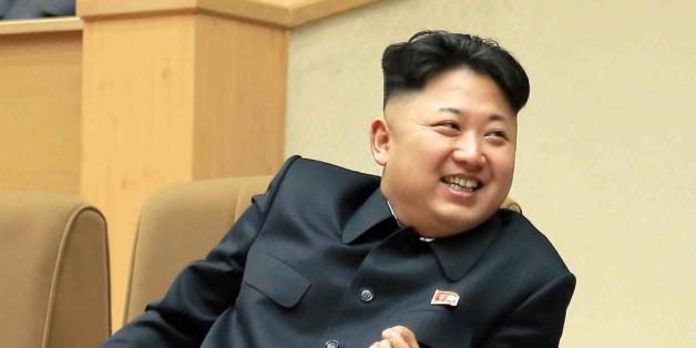 Kim Jong Uns absurde PropagandaListe Vernichtet den