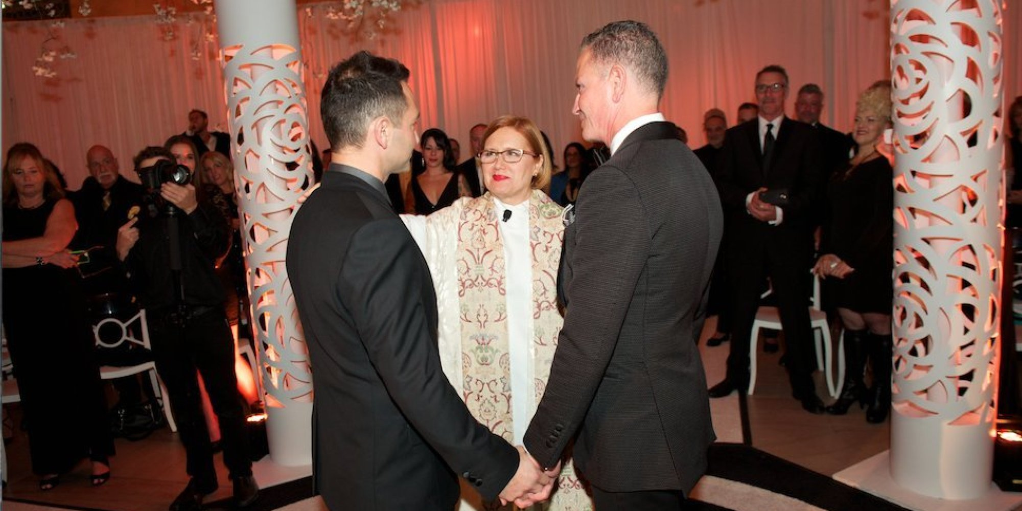 New Yorks Grand Central Hosts First Gay Wedding  HuffPost