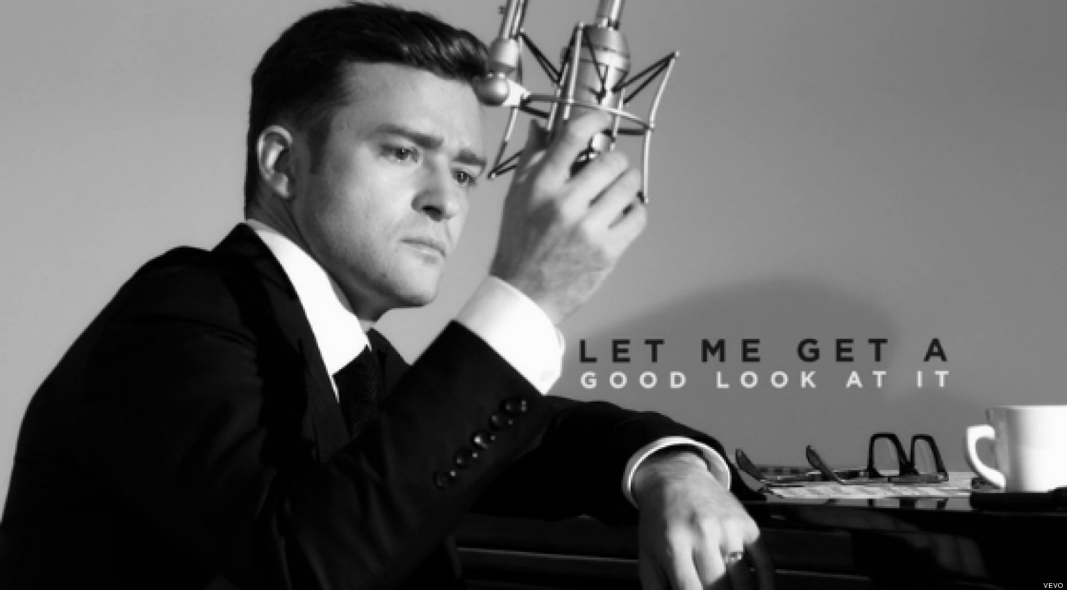 Businessman Quotes Wallpaper Suit Amp Tie Lyric Video Justin Timberlake Gets Dressed