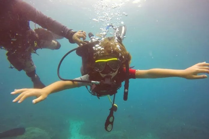 Scuba Diving Day Trip By Idive Komodo Indonesia Harga Promo Tiket Com