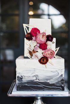 Modern cake design b