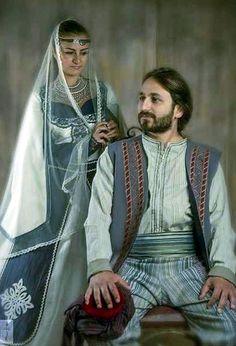 Armenian family in traditional clothes armenia armenian  Foto Atelier Marshalyan  Yerevan