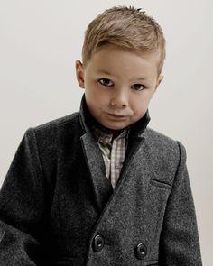 Frisuren Für Kleine Jungs Mit Undercut Kinder Pinterest