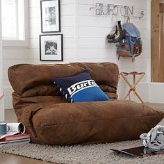 1000 images about Dorm room on Pinterest  Lounge