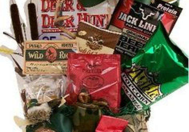 Piney Woods Christmas Gift Basket