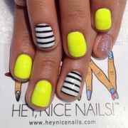 1000 ideas bumble bee nails