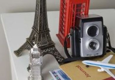 Geeks On Home Paris Theme Ideas For A Teen S Bedroom