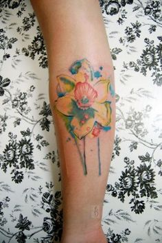 20 Violet And Daffodil Tattoos Ideas And Designs