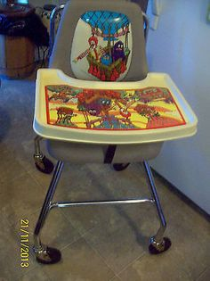 VINTAGE RONALD MCDONALD HIGH CHAIR VOTE FOR MAYOR MCCHEESE