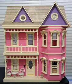 Antique Dollhouses What Is It What Is It Worth