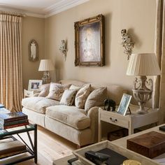 1000 Images About Brown And White Rooms On Pinterest Brown Walls Chocolate Brown Walls And