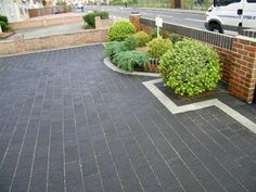 Block Paving Path And Edging To A Tarmac Drive Paddyp