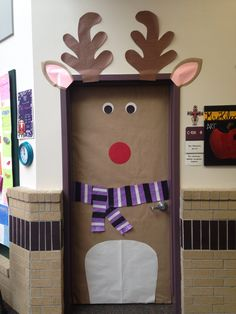 1000+ images about Christmas door covers on Pinterest