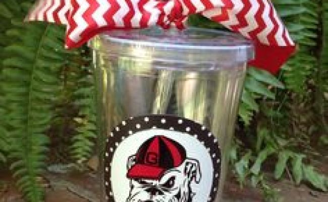University Of Georgia Georgia Bulldogs And Bulldogs On