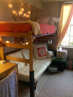 Yale University Dorm Room Completely Themed In Yale Blue