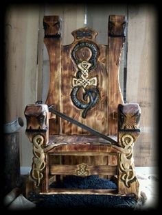 1000 images about Chainsaw wood Carving chair design