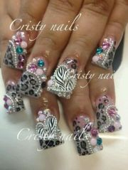 1000 extreme nails
