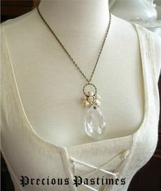 Leaf Crystal Necklace Salvaged Chandelier By Vintagemusings 24 00 A Lot Of Oysters And No Pearls Pinterest Leaves Crystals