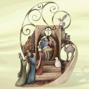 Nativity Heavens And Nativity Sets On Pinterest