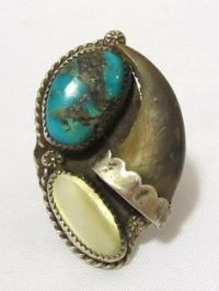 1000+ images about Bear paw ring on Pinterest   Bear claws ...