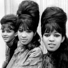Bouffant Hair 50s Google Search I Think This Is Early 60 S Hair