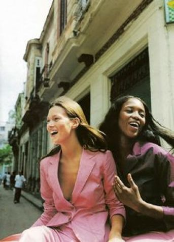 Kate Moss & Naomi Campbell (Photgraphy by Patrick Demarchelier) | 1998