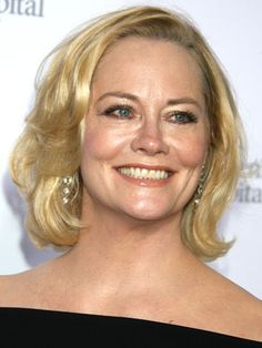 The 31 Most Iconic Haircuts Of All Time Cybill Shepherd Best