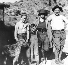 John Wayne-The Duke on Pinterest | John Wayne, Dean Martin and ...
