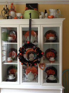 1000 images about Halloween Hutch on Pinterest  Halloween Vintage halloween and Trick or treat