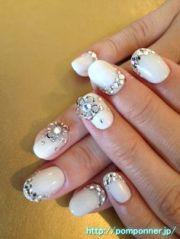 bling nails wedding