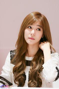 Tiffany Girls' Generation Tiffany ❤ 소녀시대 Pinterest