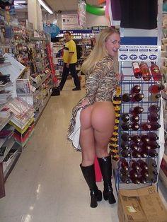girls flashing their ass