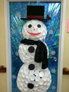 Snowman door decoration out of foam cups with instructions