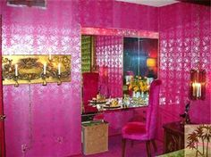 Tacky Wacky Over The Top Ugly Bizarre Crazy Psychedelic Bad Décor