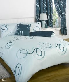 Bumper Duvet Complete Bedding Set With Matching Curtains Aster