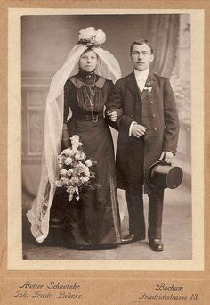 Weddings From the Past on Pinterest  Vintage Wedding Photos Military Weddings and 1940s Wedding