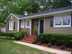 Exterior Paint Idea From Realestatestyle Blah To Bold Schemeterior Colorsmobile Home