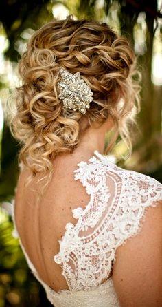 curly bridal hair on pinterest curly wedding hair wedding hairstyles and curly wedding hairstyles